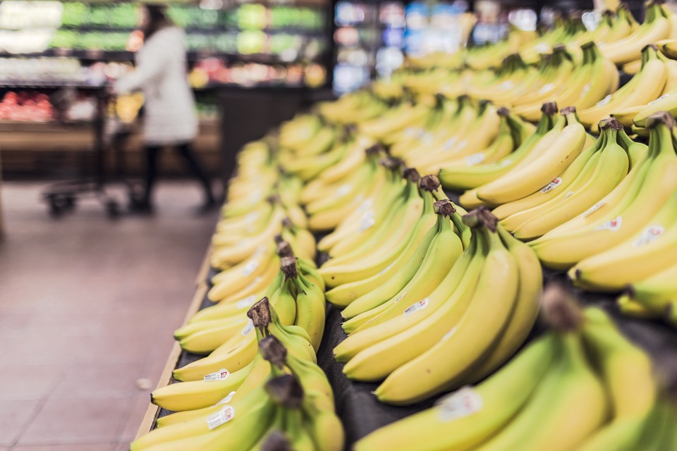 bananas on shelf in store illness