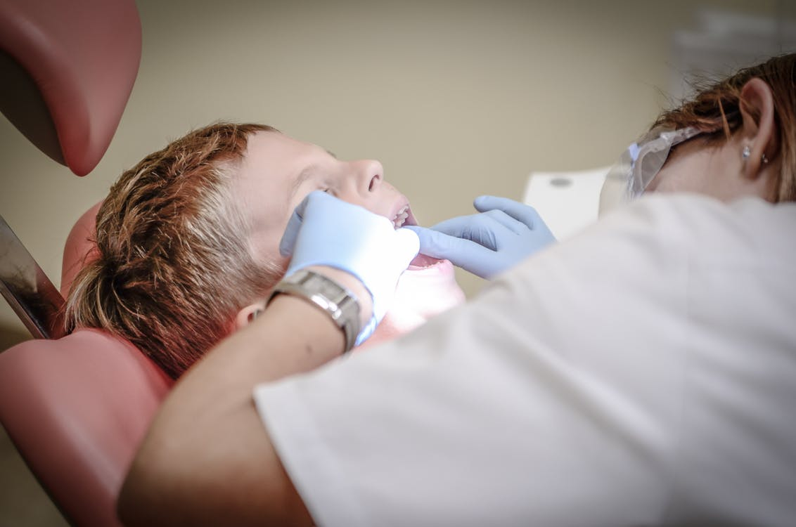 Finally, Here Are 4 Secrets to Making the Dentist Your Child's Best Friend!