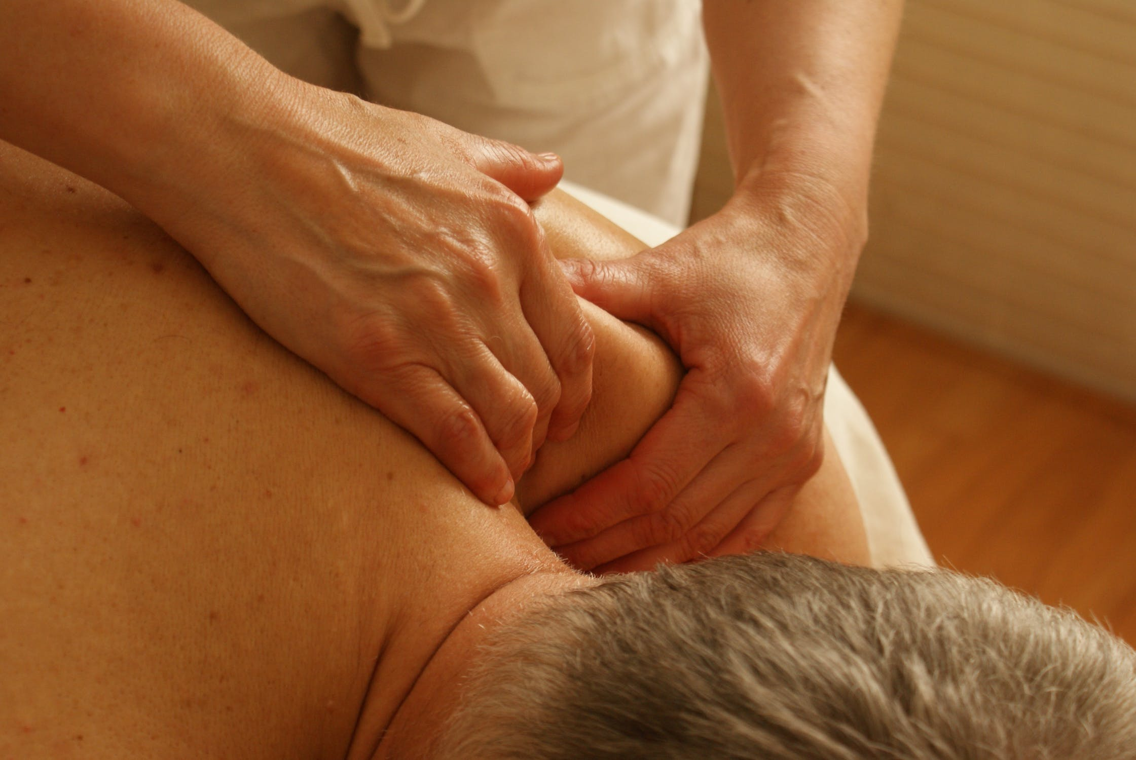 Bid Goodbye to Back Pain with Appropriate Spinal Treatment - Essentials You Must Know!
