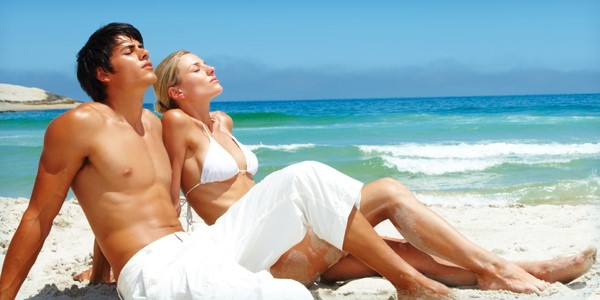 Use the best Tanning peptide to get the golden tint on body couple in sun