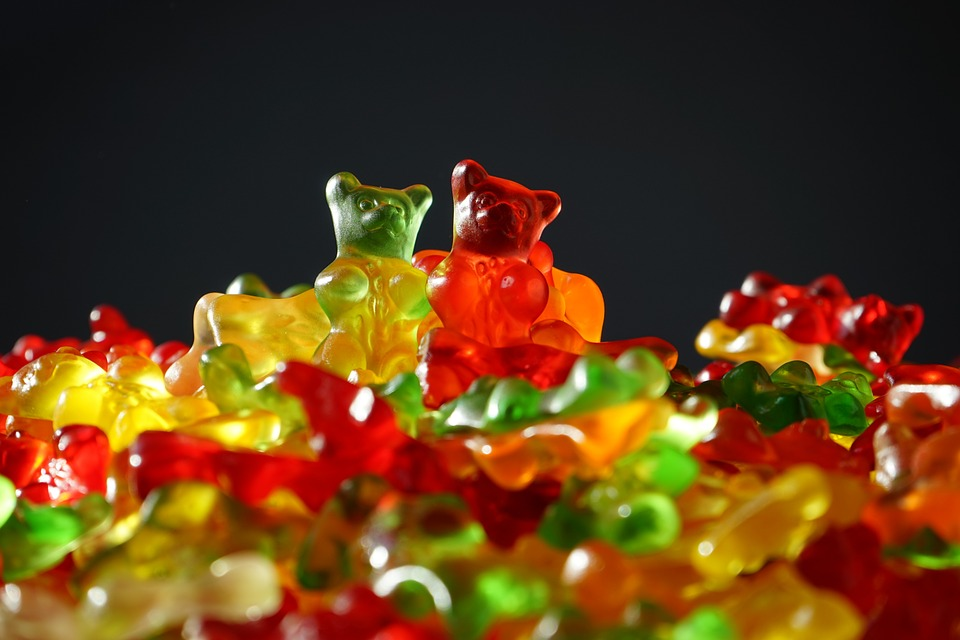 How organic CBD oil infused gummy bears can help you with pain, inflammation and other health problems?