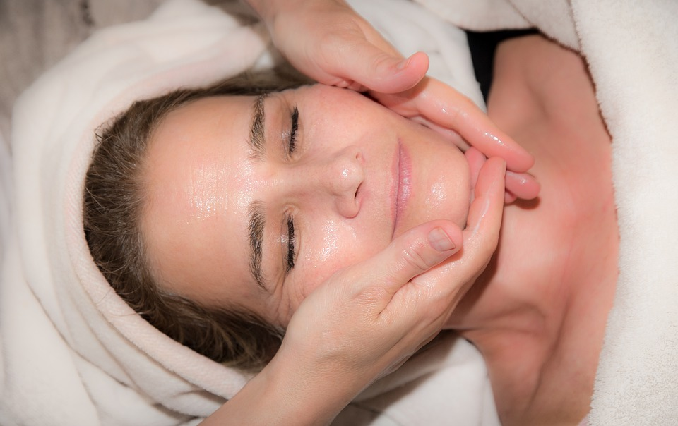 Things to know before opting for dermaplaning