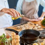 5 Ways Healthy Cooking Classes Can Help With Your Diet
