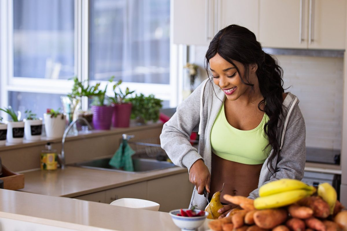 How to Deal with Cravings When Drinking Meal Replacement Shakes