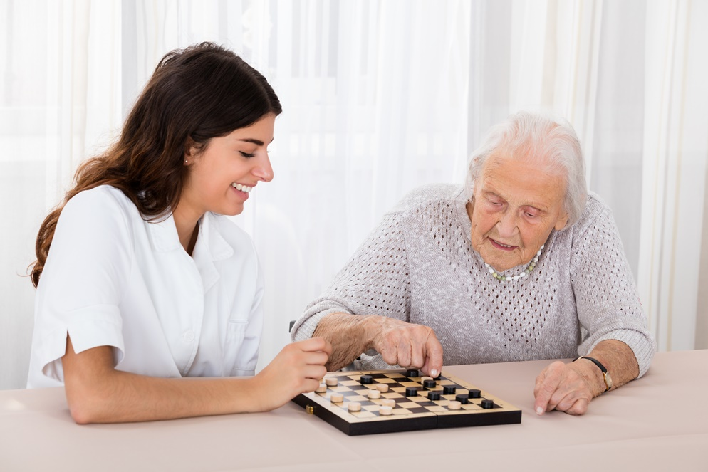 Fun and Stimulation: 8 Fun Games for Alzheimer's Patients