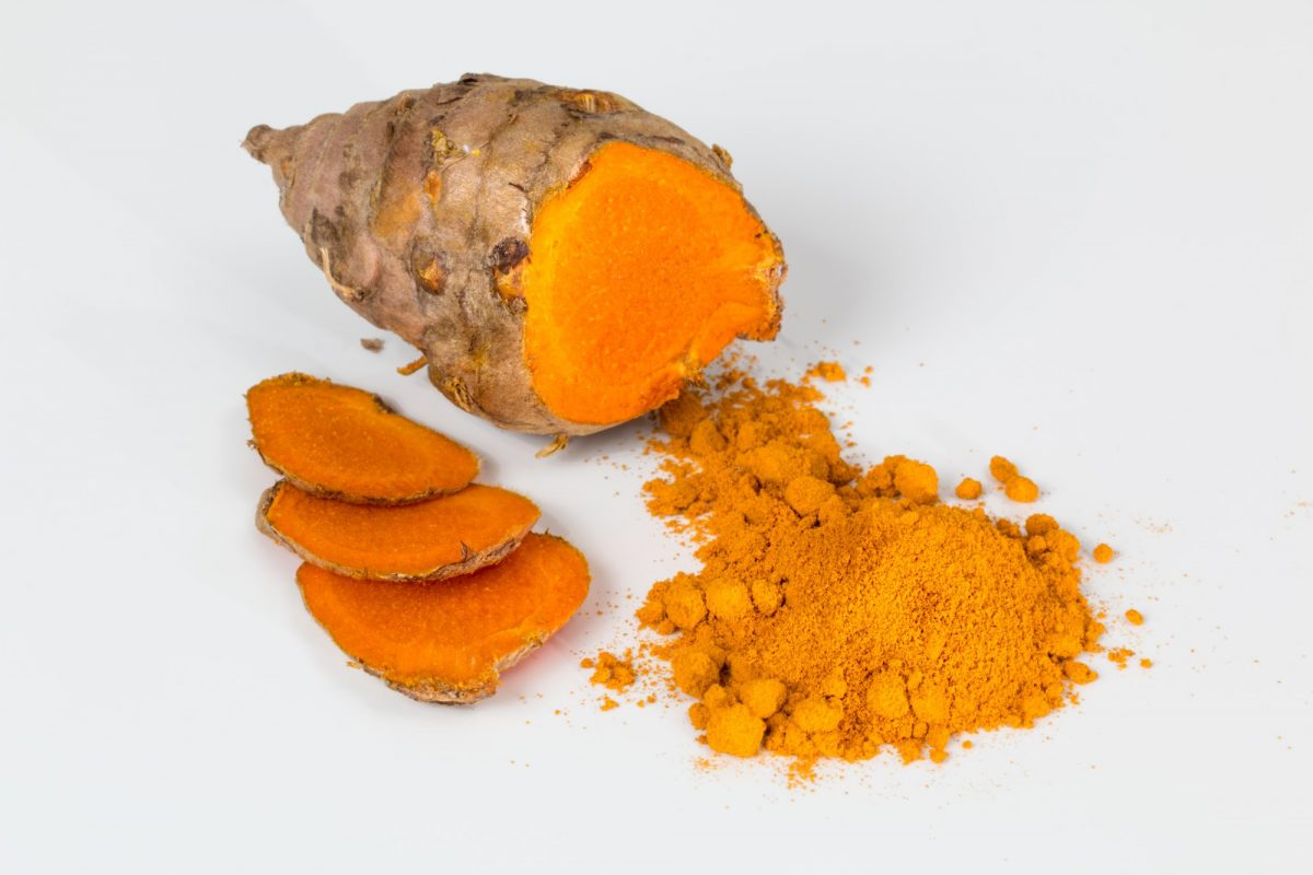 5 Health Benefits of the Turmeric Plant