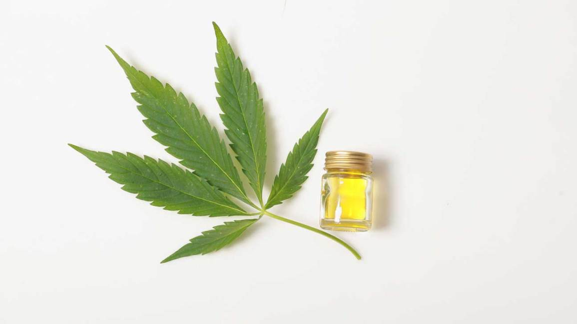 How To Use CBD Oil: Simple Steps To Get Started